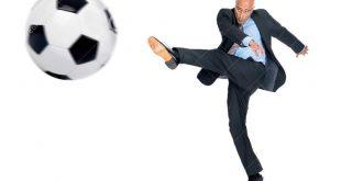 رئیس فدراسیون فوتبال